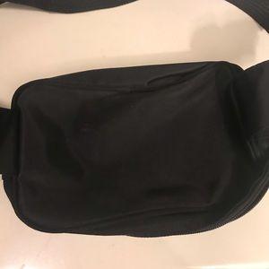 Disney Bags - Tigger Fanny pack